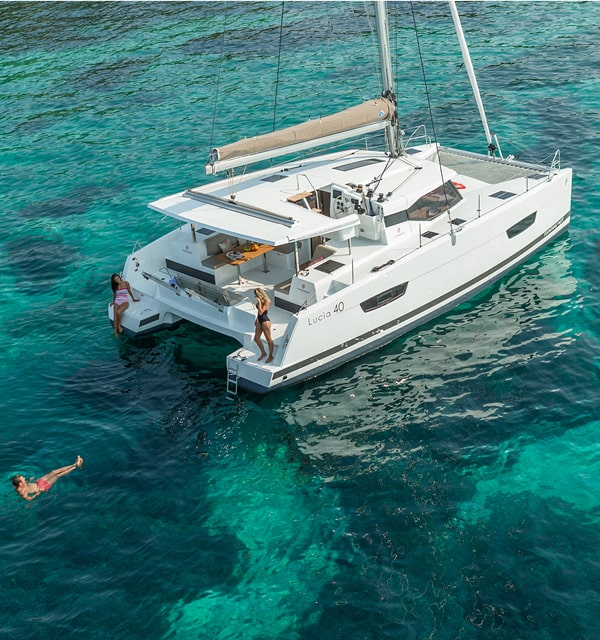 Lucia 40 Fountaine Pajot